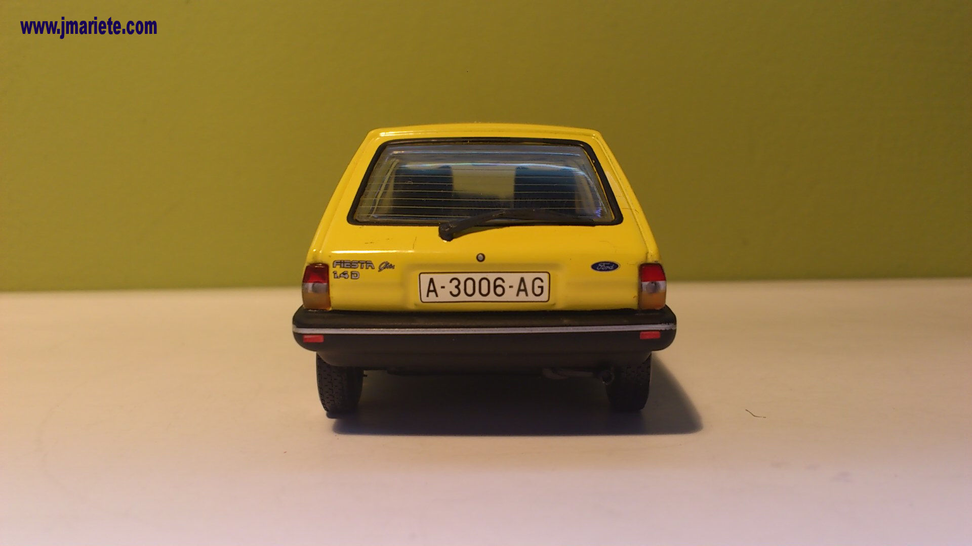 Ford Focus 1.4 1983 photo - 12