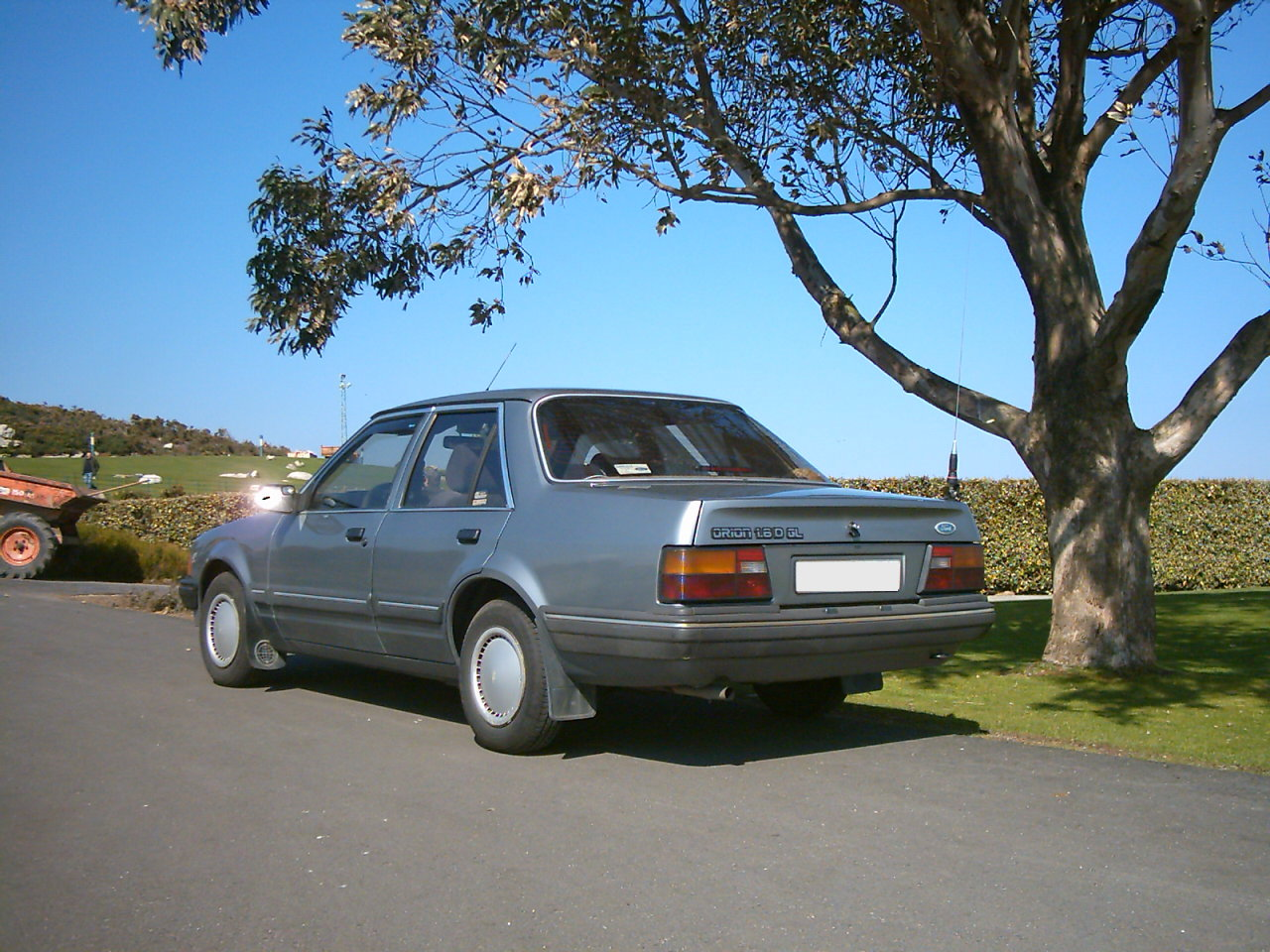 Ford Focus 1.4 1984 photo - 10