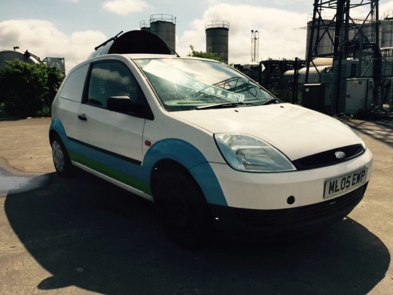 Ford Focus 1.4 1989 photo - 9
