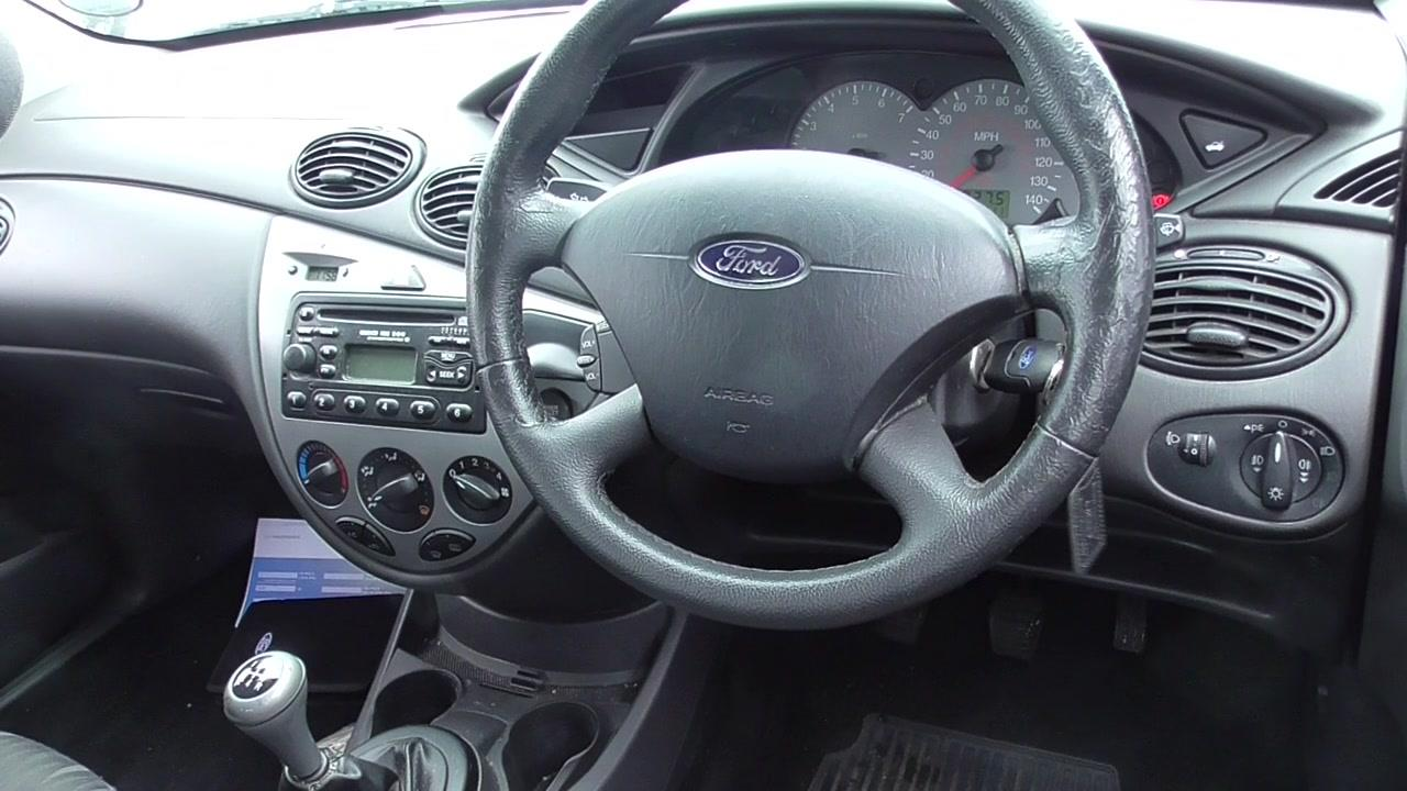 Ford Focus 1.6 1991 photo - 2