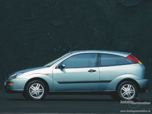 Ford Focus 1.6 1992 photo - 6
