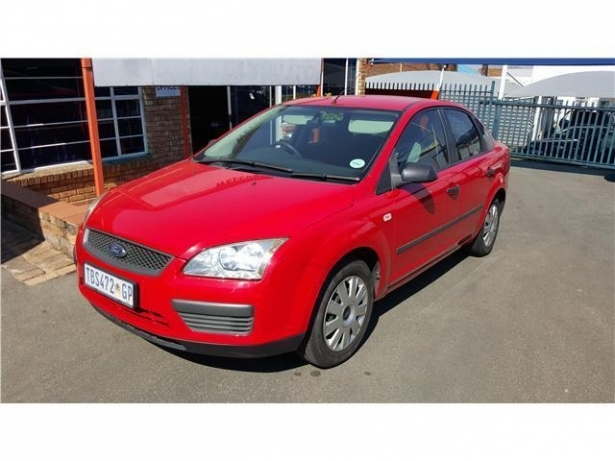 Ford Focus 1.6 1996 photo - 2