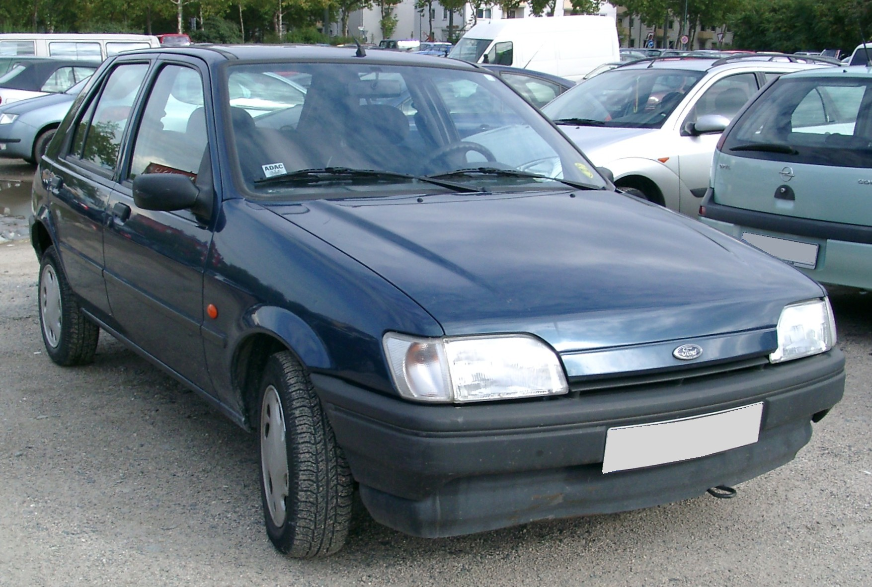 Ford Focus 1.6 1996 photo - 3