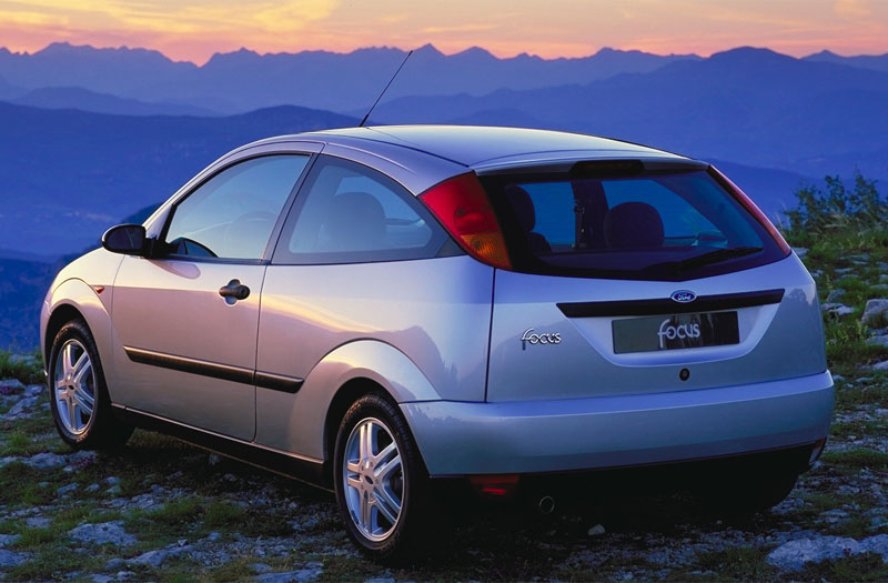 Ford Focus 1.6 1998 photo - 8