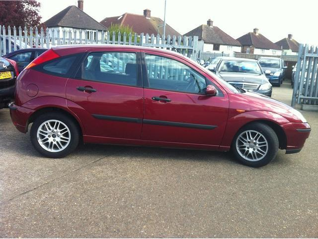 Ford Focus 1.6 2002 photo - 8