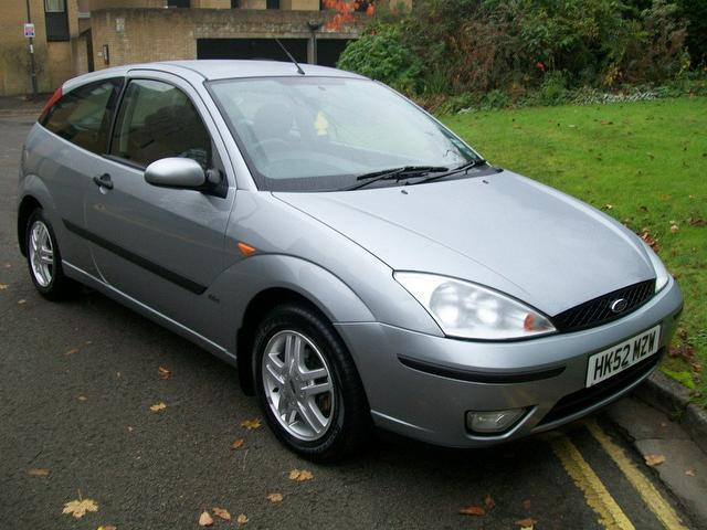 Ford Focus 1.6 2002 photo - 9