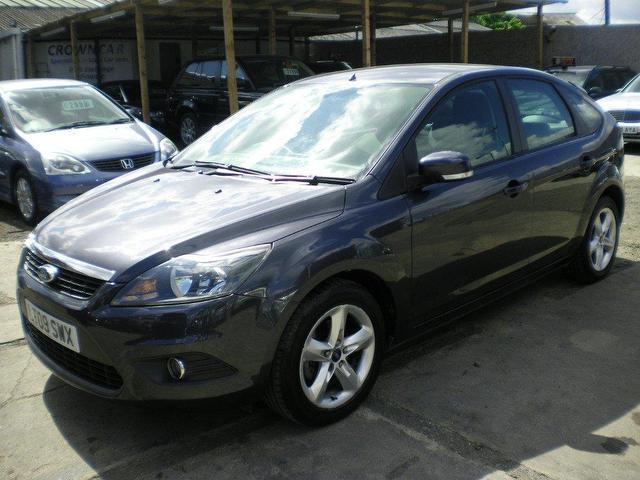 Ford Focus 1.6 2009 photo - 12