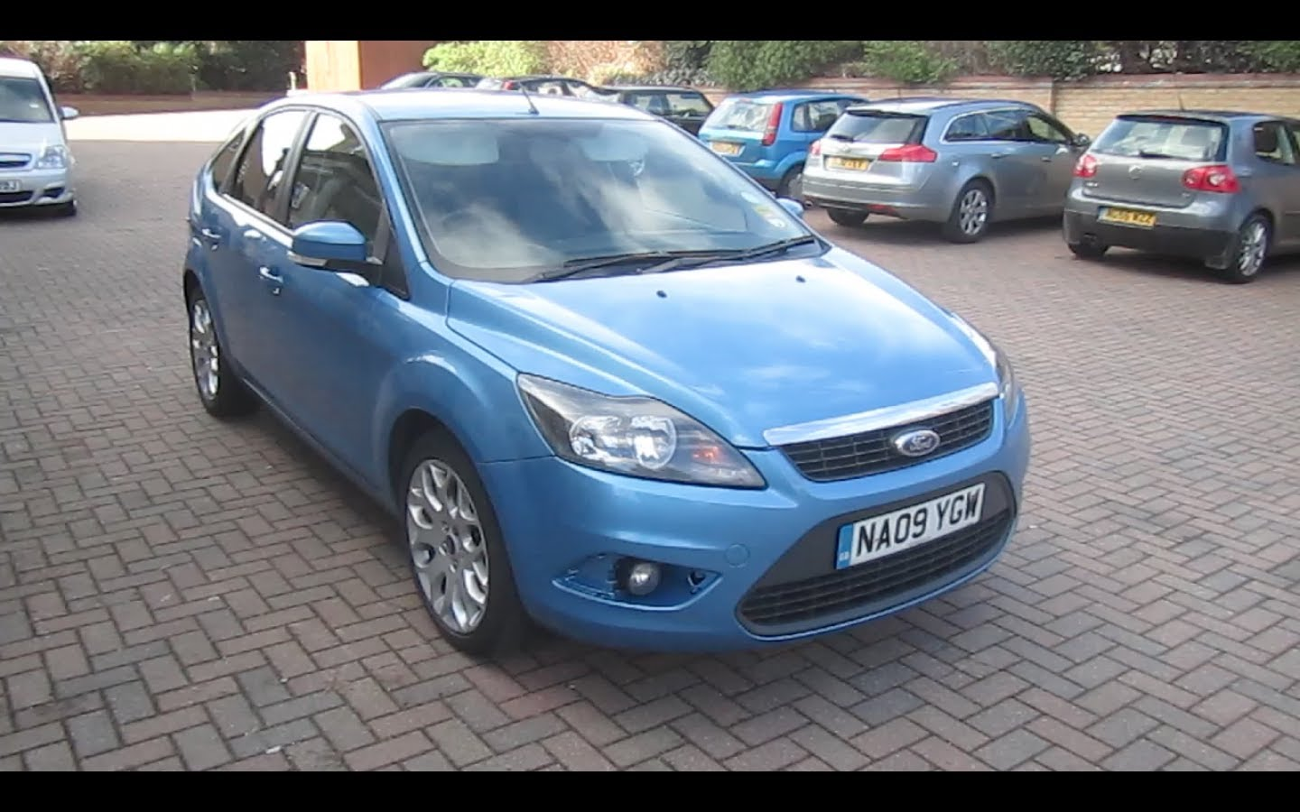 Ford Focus 1.6 2009 photo - 3