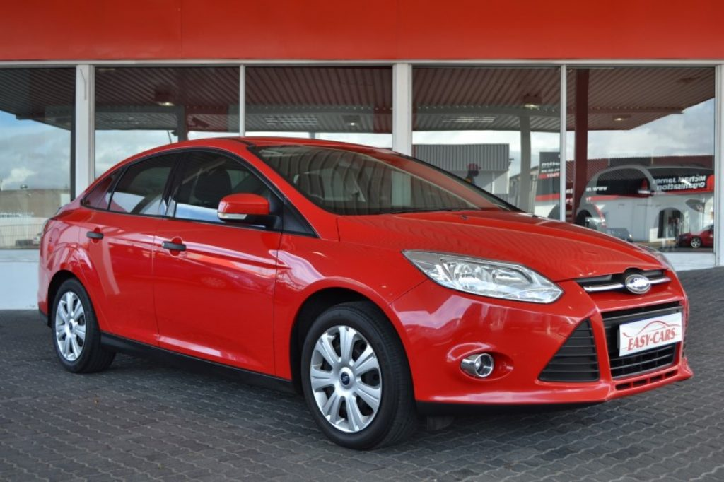 Ford Focus 1.6 2012 photo - 10