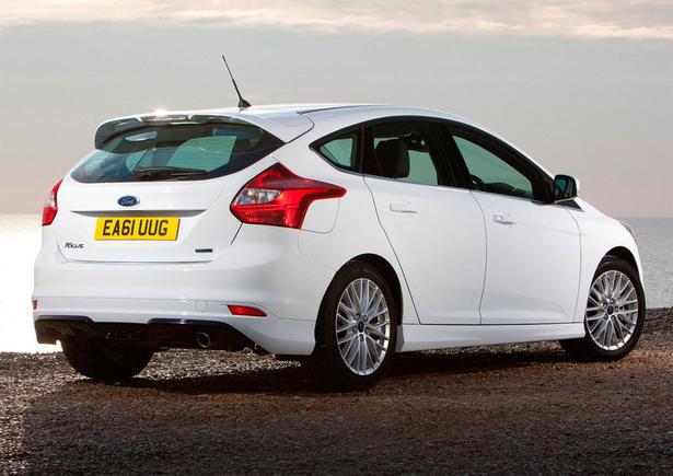 Ford Focus 1.6 2012 photo - 6