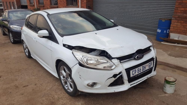 Ford Focus 1.6 2013 photo - 7