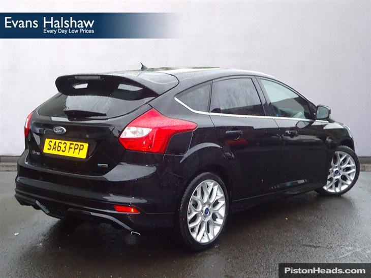 Ford Focus 1.6 2013 photo - 8
