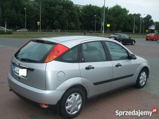 Ford Focus 1.8 1998 photo - 11