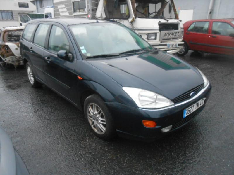 Ford Focus 1.8 1998 photo - 7