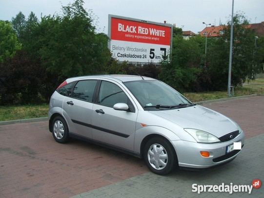 Ford Focus 1.8 1998 photo - 8