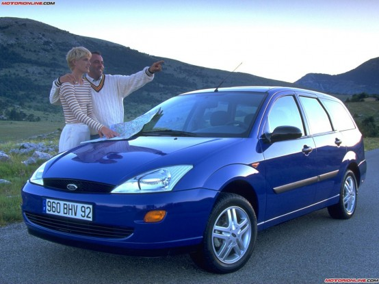 Ford Focus 1.8 1998 photo - 9