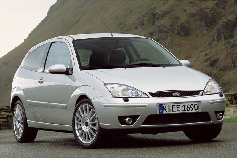 Ford Focus 1.8 2001 photo - 11
