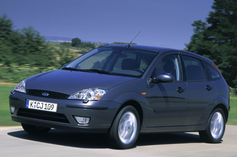 Ford Focus 1.8 2001 photo - 3