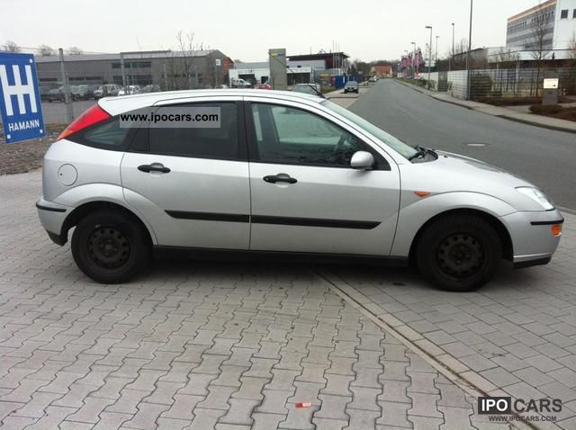 Ford Focus 1.8 2001 photo - 4