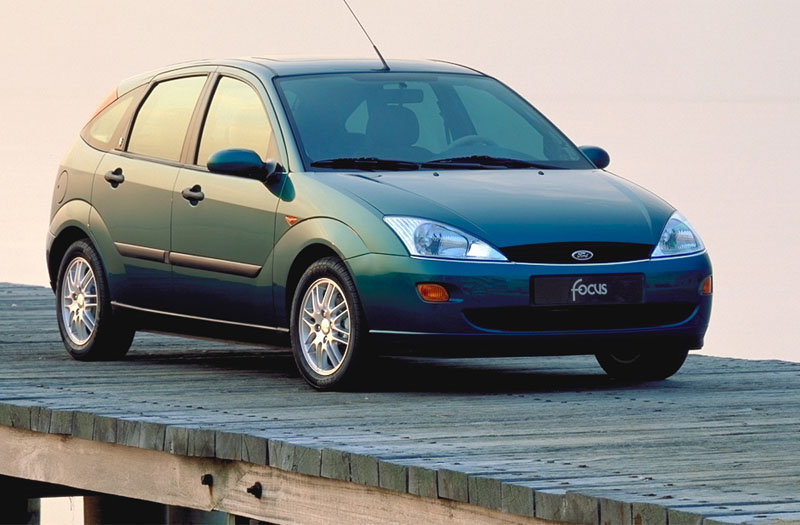 Ford Focus 1.8 2001 photo - 8