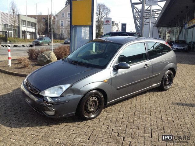 Ford Focus 1.8 2002 photo - 10