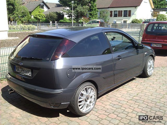 Ford Focus 1.8 2002 photo - 12