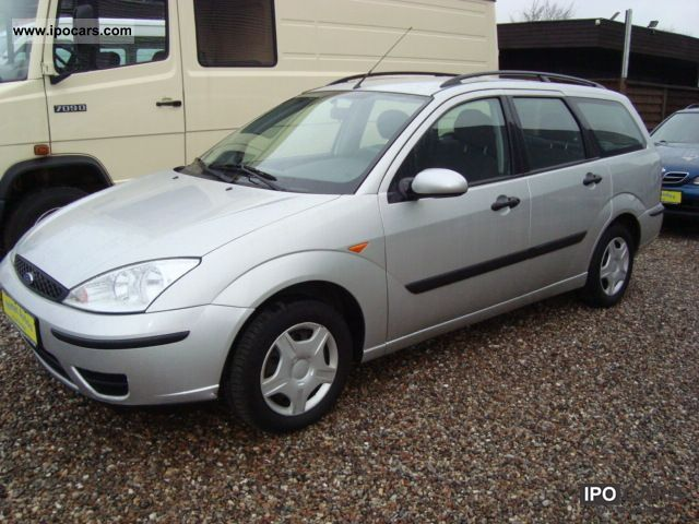 Ford Focus 1.8 2002 photo - 2