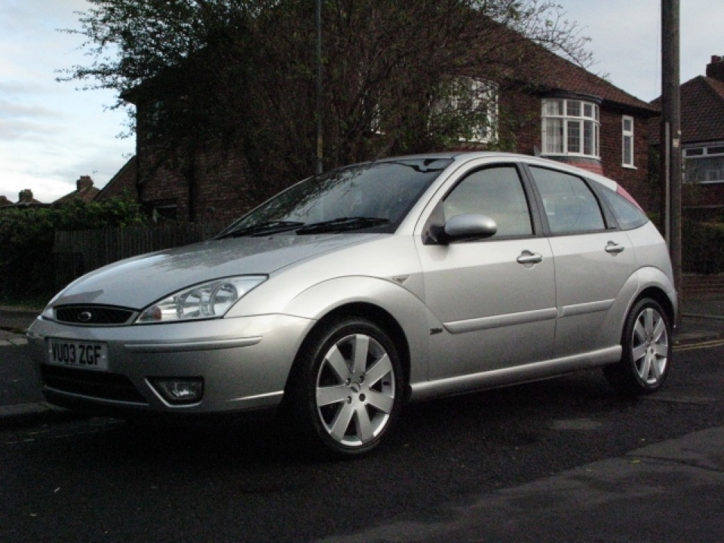 Ford Focus 1.8 2003 photo - 7