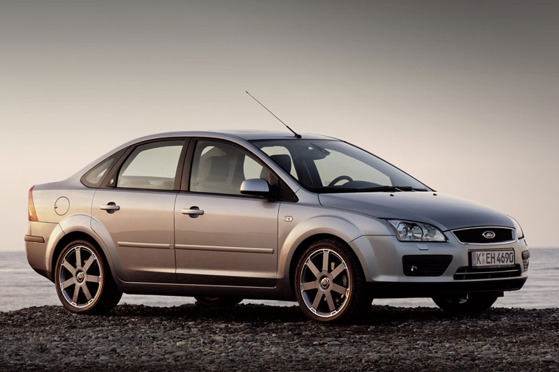 Ford Focus 1.8 2005 photo - 9