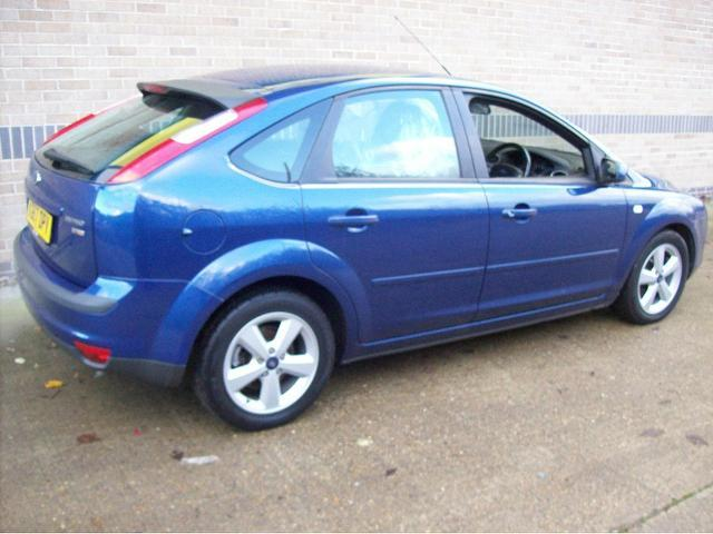 Ford Focus 1.8 2007 photo - 1