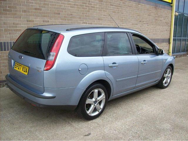 Ford Focus 1.8 2007 photo - 10