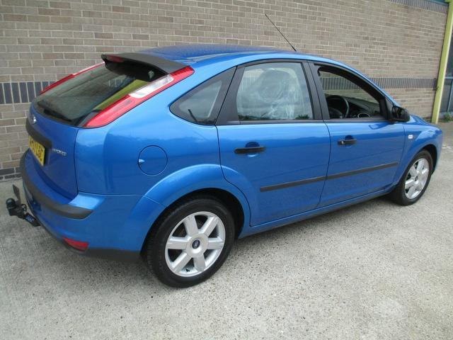 Ford Focus 1.8 2007 photo - 4