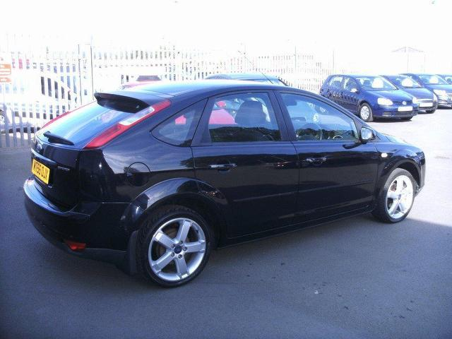 Ford Focus 1.8 2007 photo - 5