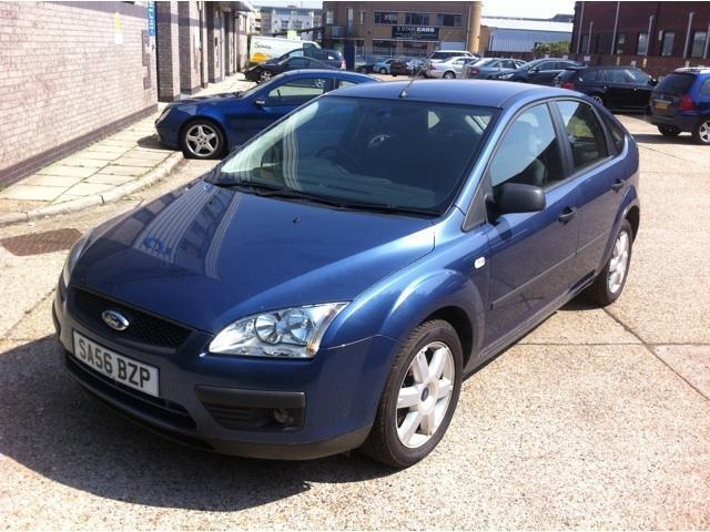 Ford Focus 1.8 2007 photo - 7