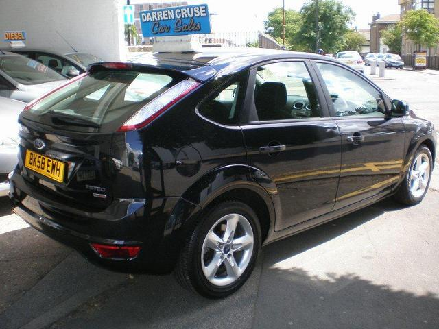 Ford Focus 1.8 2008 photo - 5