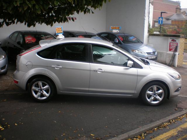 Ford Focus 1.8 2009 photo - 4