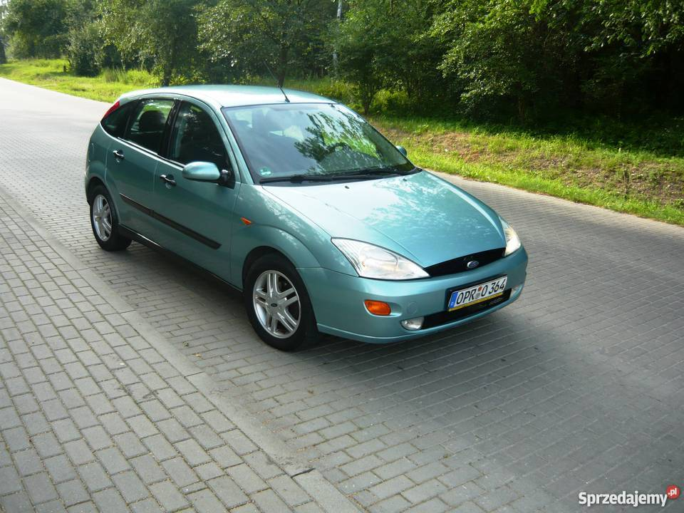 Ford Focus 2.0 1998 photo - 1