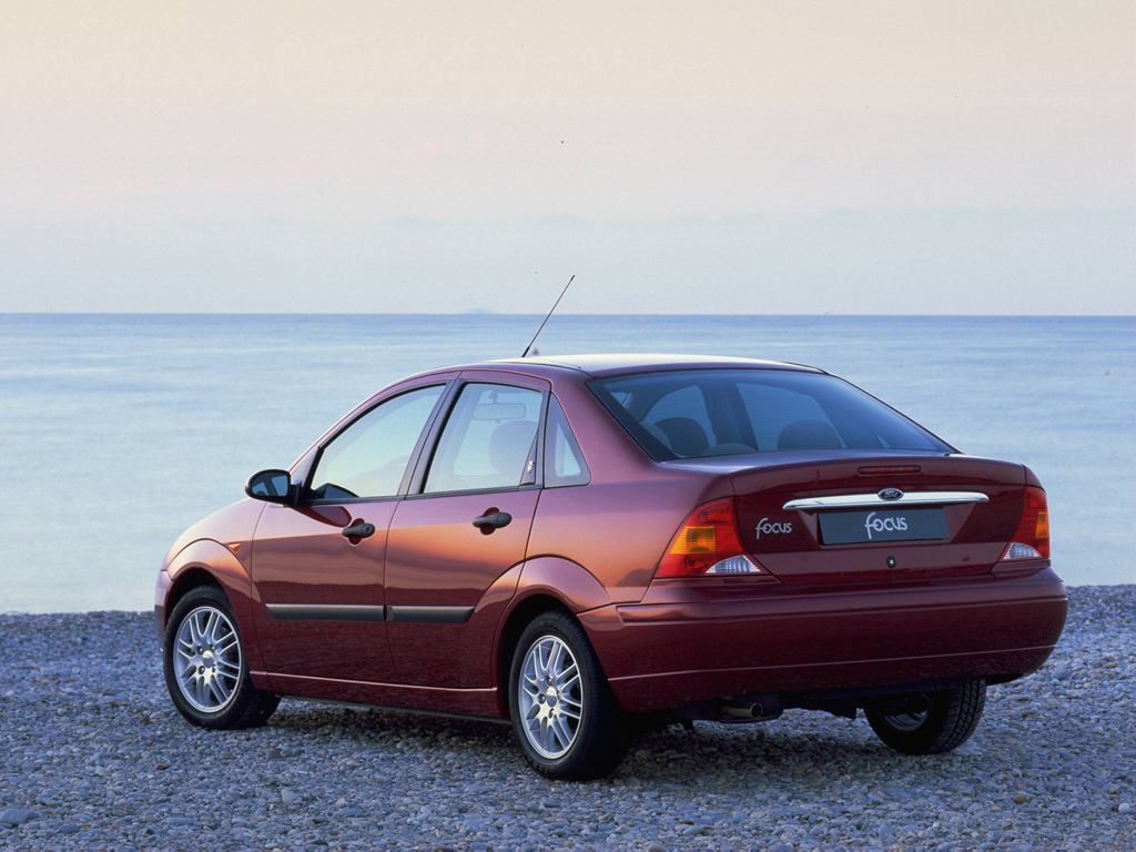Ford Focus 2.0 1998 photo - 7