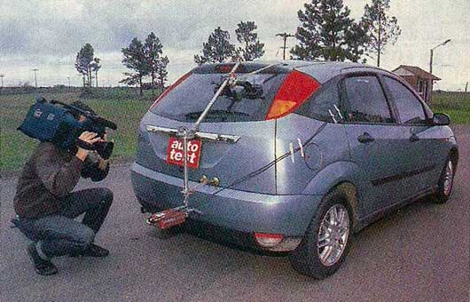 Ford Focus 2.0 1999 photo - 5