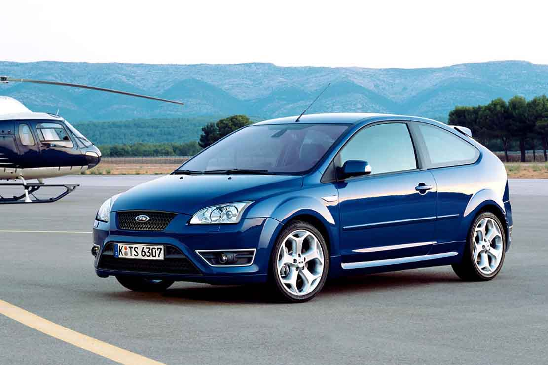 Ford Focus 2.0 2007 photo - 1