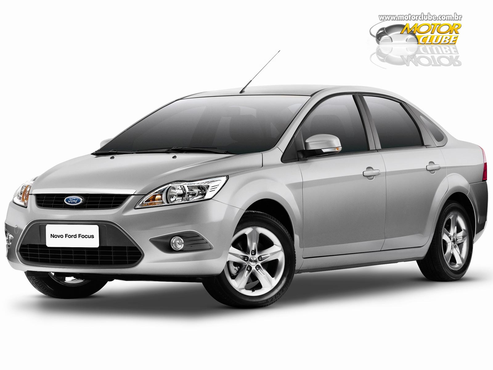 Ford Focus 2.0 2010 photo - 1