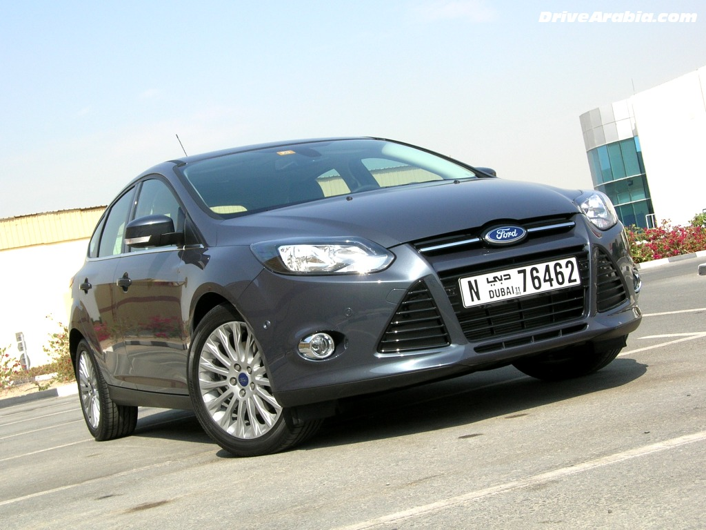 Ford Focus 2.0 2012 photo - 3
