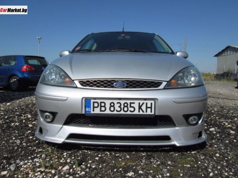Ford Focus 2.0i 2003 photo - 2