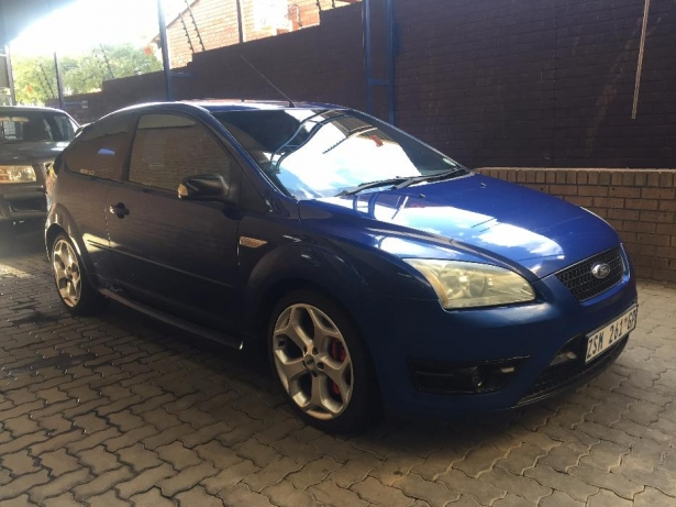 Ford Focus 2.5 2006 photo - 1