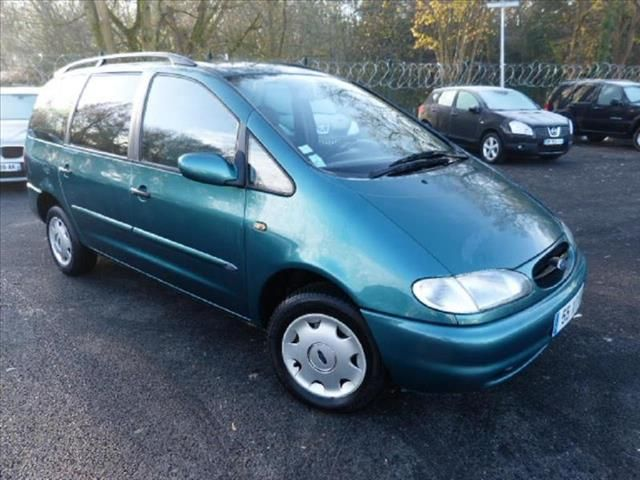Ford Galaxy 1.9 1999 photo - 4