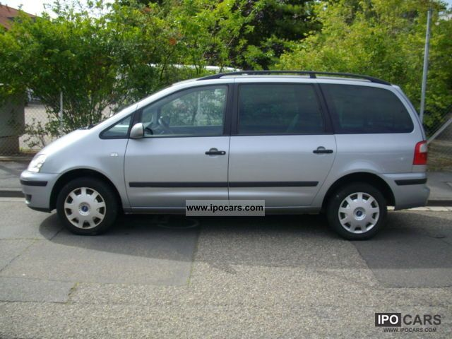 Ford Galaxy 1.9 2002 photo - 2