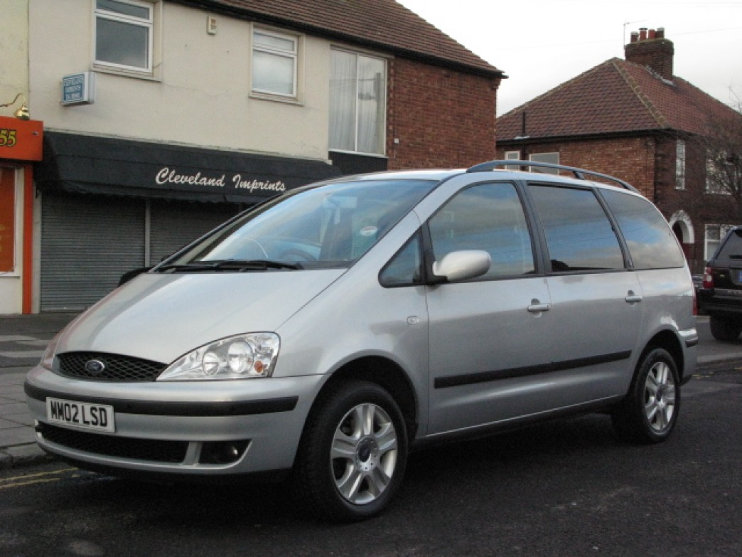 Ford Galaxy 1.9 2002 photo - 3