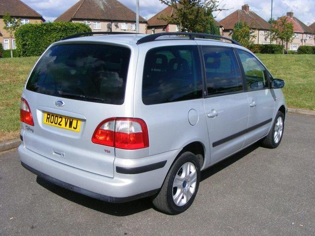 Ford Galaxy 1.9 2002 photo - 7