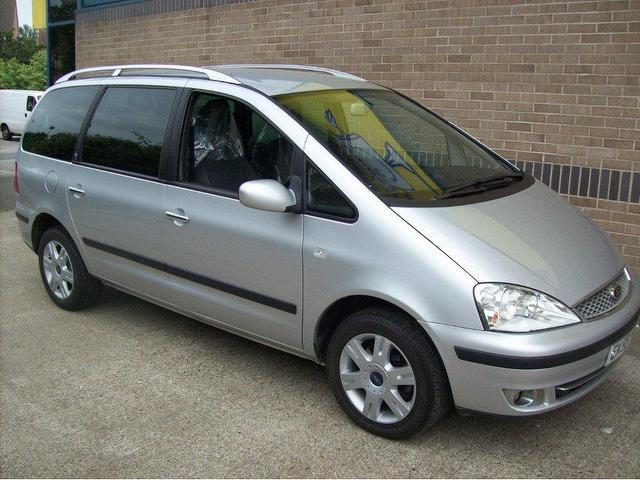 Ford Galaxy 1.9 2005 photo - 2
