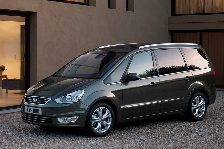 Ford Galaxy 2.2 2010 photo - 4